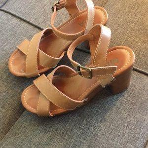 Tan strappy sandals